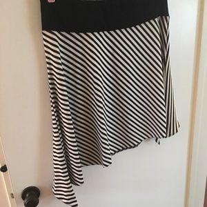 White House Black Market Skirt Large